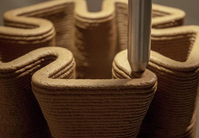 Casas construídas com impressora 3D e estrutura reciclável são produzidas por R$ 5 mil