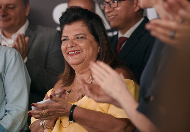 Luiza Trajano se coloca na linha de frente para vacinar todos os brasileiros até setembro