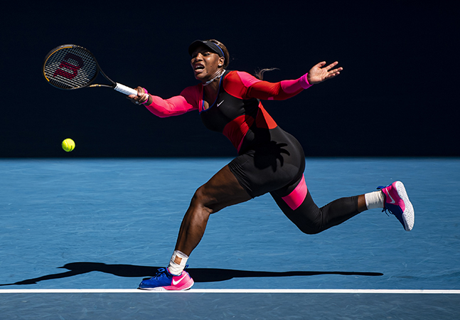 Serena Williams e a história de representatividade no macacão de uma perna só usado pela tenista