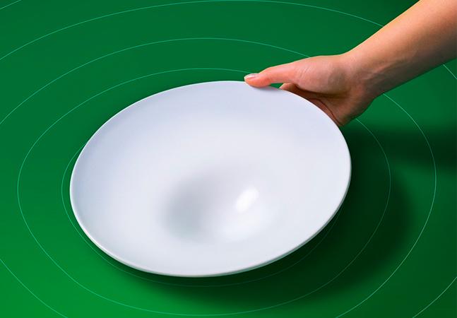Prato inteligente promete aumentar apetite de crianças por legumes