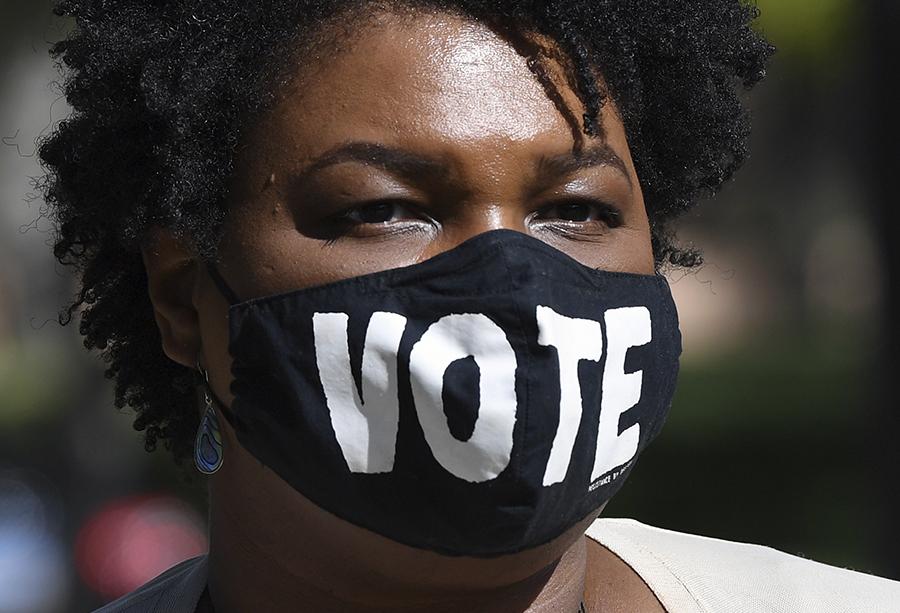 Foto da ativista, política e advogada Stacey Abrams