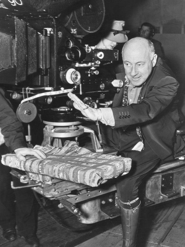 Fotografia do cineasta Cecil B. DeMille