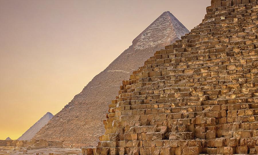 Imagem de uma das pirâmides de Gizé