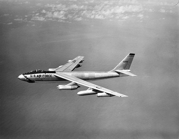 Um bombardeiro do mesmo modelo B-47 que participou do acidente