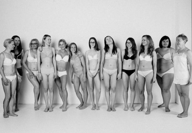 Projeto pelo amor próprio coloca mulheres em frente ao espelho contando suas histórias