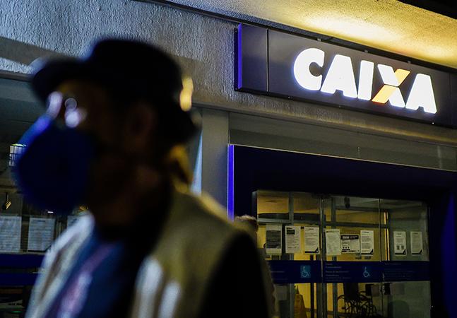 Caixa abre 4 mil vagas entre estagiários, seguranças e recepcionistas
