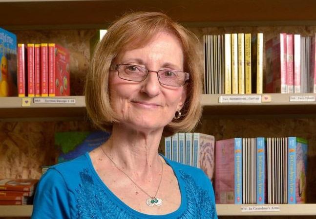 Ela inovou a educação ao criar livros em braile com uso de impressora caseira