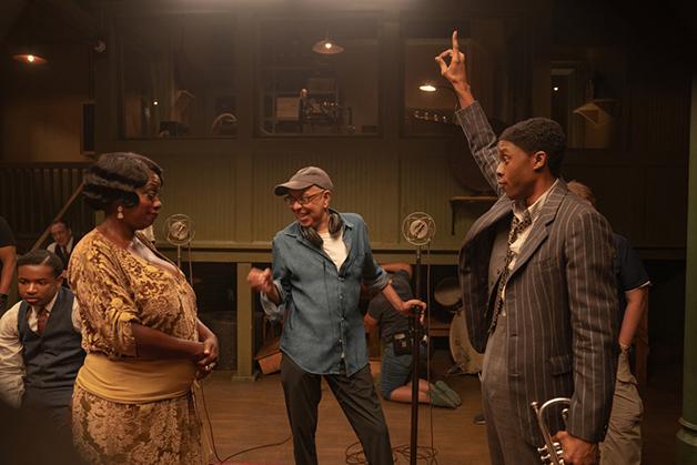 Viola Davis e Chadwick Boseman durante as filmagens de A Voz Suprema do Blues