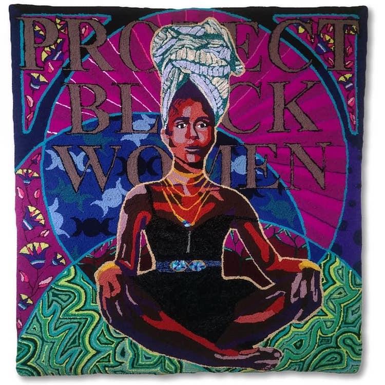 """She Prevails"", obra têxtil da artista Simone Saunders"