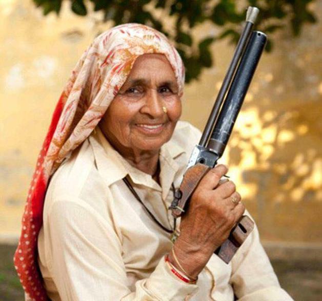A atiradora indiana Chandro Tomar