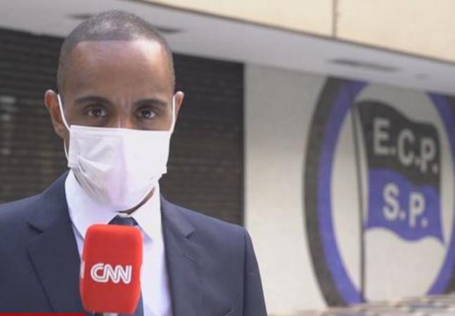 CNN diz que racismo é crime e cancela reportagem em clube após denúncia de repórter
