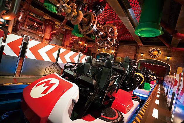 Mario Kart na inauguração do parque Super Nintendo World, no Japão