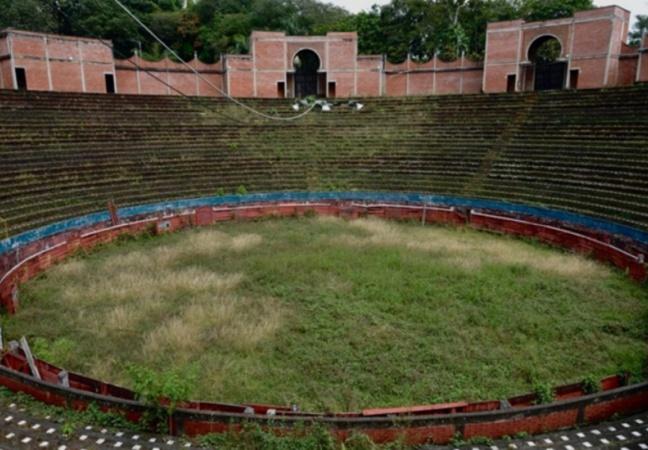 Colômbia transforma antiga arena de touradas em jardim gigante