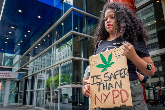 Maconha será legalizada em Nova York, que arrecadará R$ 2 bi com impostos