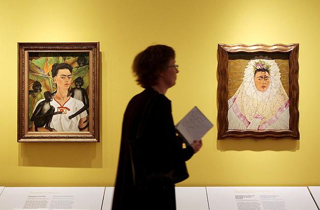 Dois autorretratos expostos em Berlim, em 2010