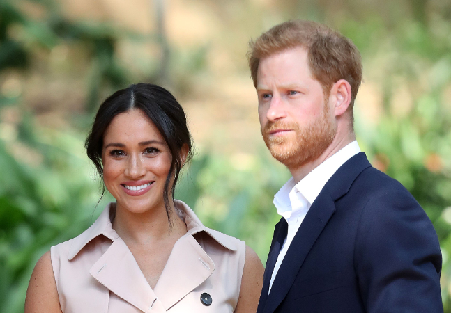 The Crown 'é baseada na verdade', diz Harry que dá ideia de convívio com família real