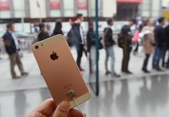 Procuradores que ganham até R$ 100 mil mês chamam de 'esmola' iPhone SE de quase R$ 4 mil