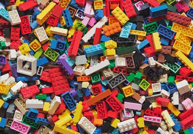 Você sabia que a LEGO começou por causa de um incêndio?