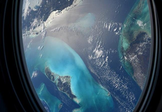 Astronauta da NASA compartilha fotos incríveis de sua janela espacial