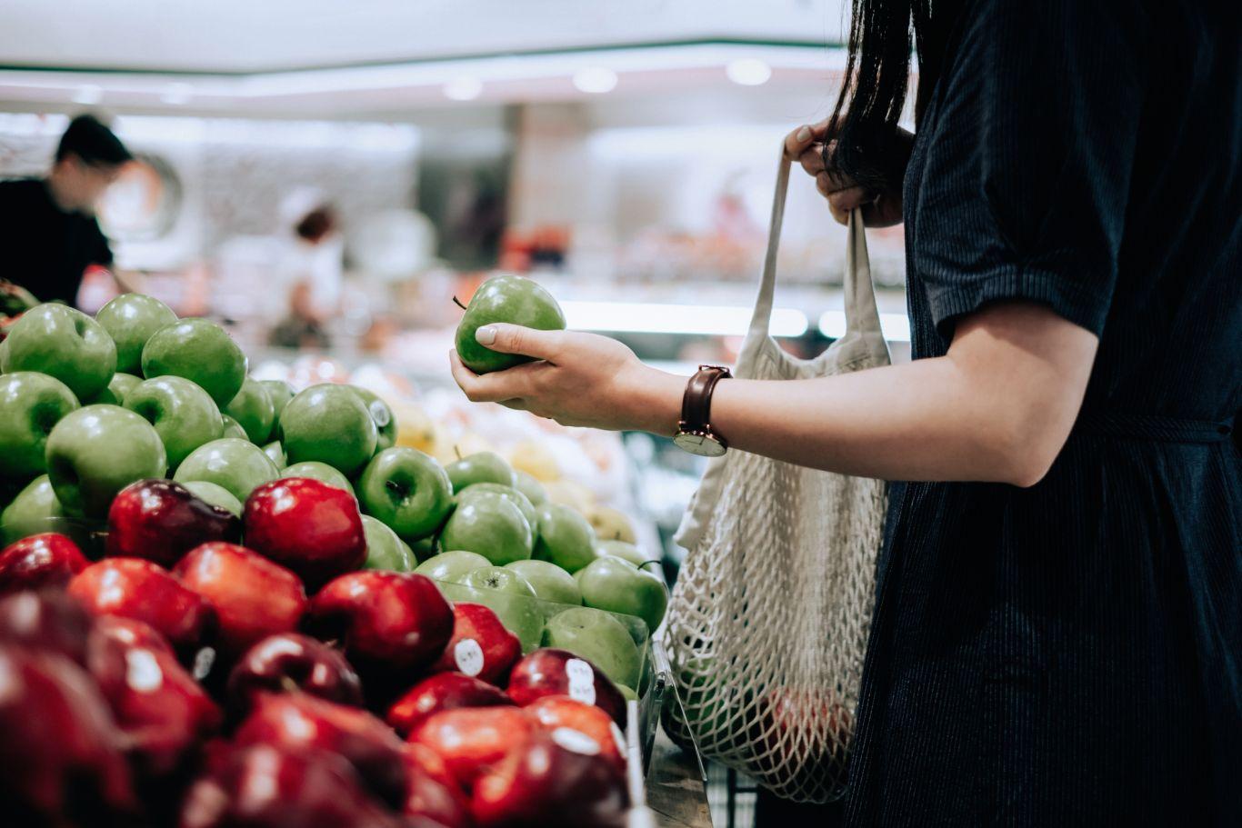 Incluir a maçã na dieta traz muitos benefícios à saúde