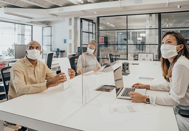 Emprego pós-pandemia passa por horários flexíveis e trabalho em equipe