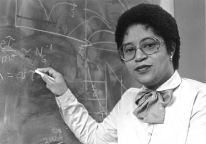 Dra. Shirley Jackson