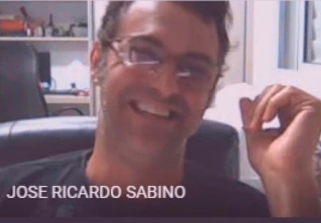 Covid: professor diz que 'pessoas morrem' e dá risada ao comentar pandemia