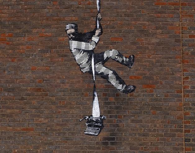 Detalhe da nova obra de Banksy em Reading, na Inglaterra