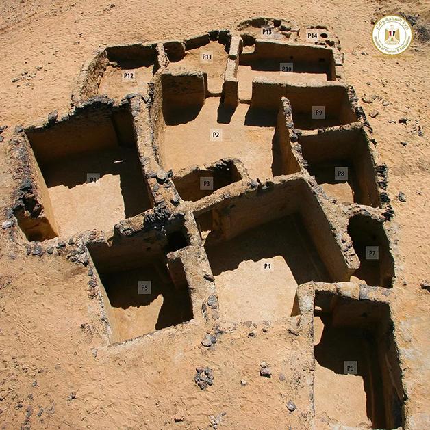 O complexo possui 19 ambientes esculpidos em pedra do sécuo IV a.C.