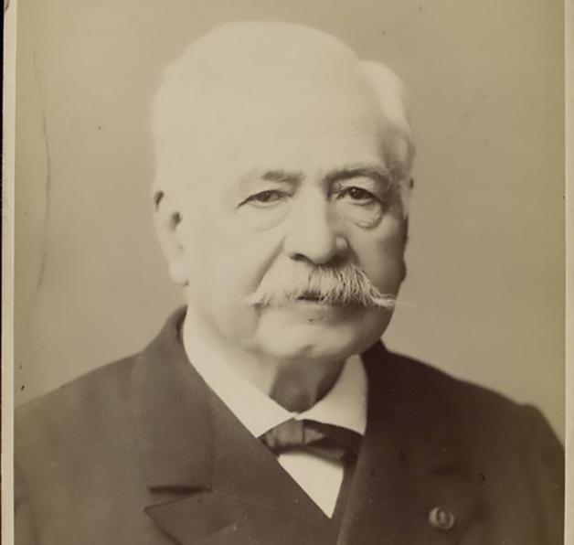O empresário francês Ferdinand de Lesseps