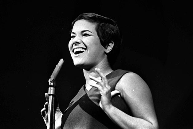 A cantora Elis Regina nos anos 1960