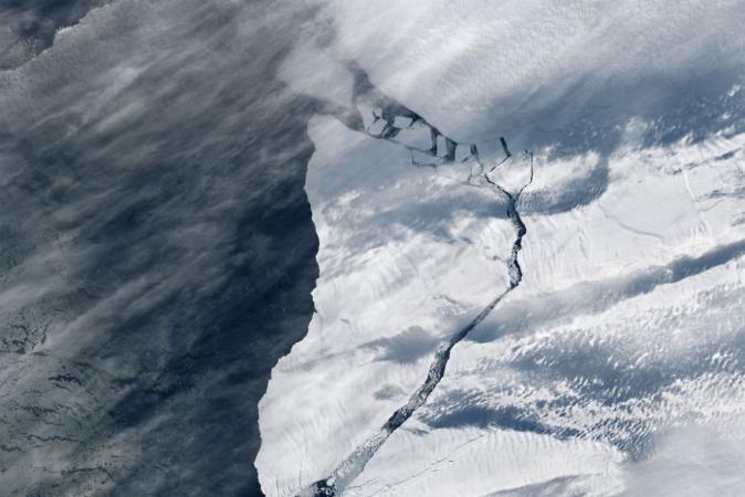 Antártida vive drama com geleira próxima de ponto irreversível de degelo