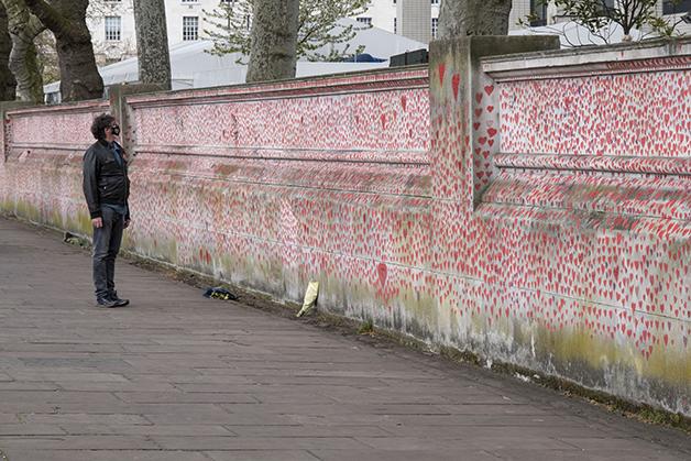 Muro memorial para as vítimas de Covid-19 no Reino Unido