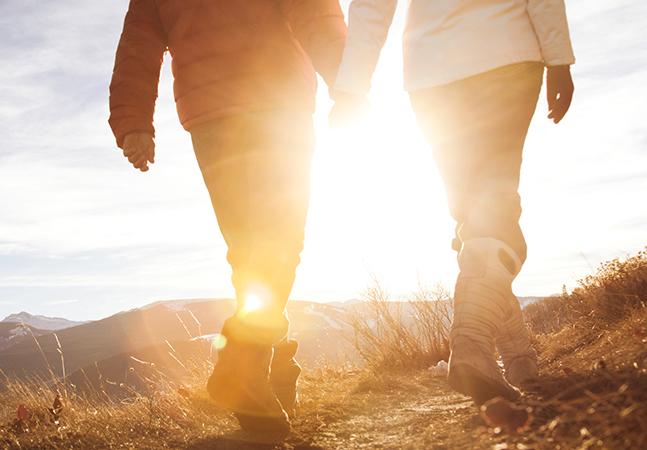 Caminhar junto de alguém pode prejudicar desempenho, mas não anula importância de exercício