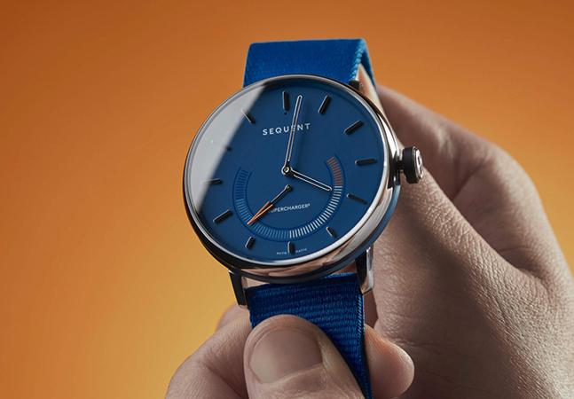 Smartwatch ecológico para saudosos do relógio analógico tem bateria infinita