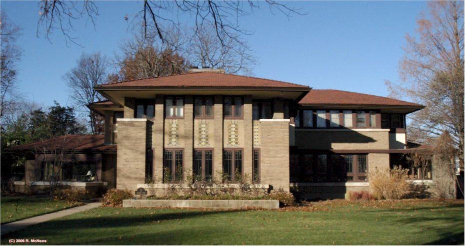 Uma casa Mueller em Decatur, Illinois, projetada por Mahony
