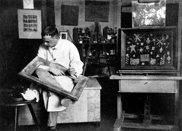 Paul Klee em seu estúdio na Bauhaus