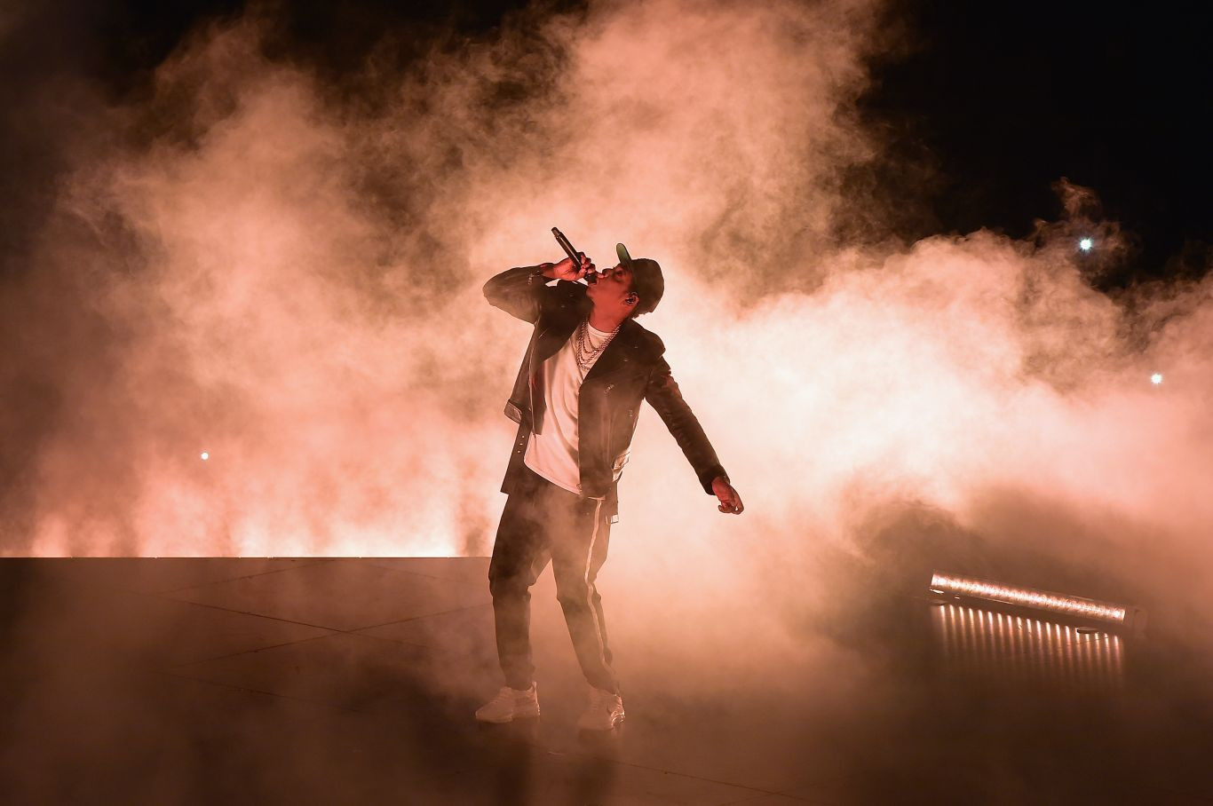 Jay-Z em apresentação antes da pandemia: artista e empresário de sucesso.