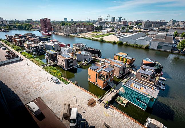 Schoonschip: o bairro flutuante, sustentável e autossuficiente em Amsterdã