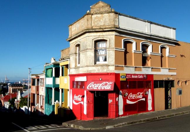 Fora das rotas turísticas, antigo subúrbio da Cidade do Cabo é uma viagem no tempo