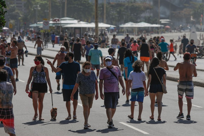 Covid: nova cepa encontrada no Rio de Janeiro se alastra por cidades do estado