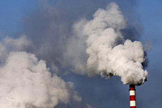 Estratosfera está diminuindo por causa da emissão de gases do efeito estufa, diz estudo