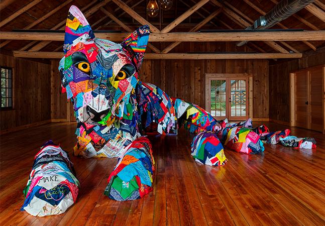 Exposição reúne dois artistas de origem indígena nos EUA