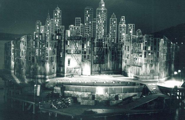 Cenário para West Side Story, de 1981