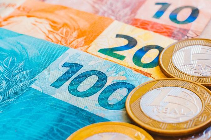 Caixa autoriza saque de até R$ 375 de auxílio para trabalhadores nascidos em fevereiro