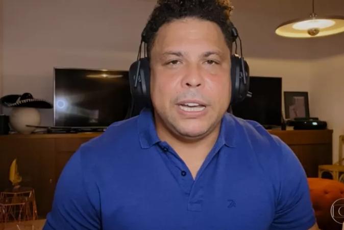 Ronaldo fala sobre relação difícil com álcool e envolvimento com travestis