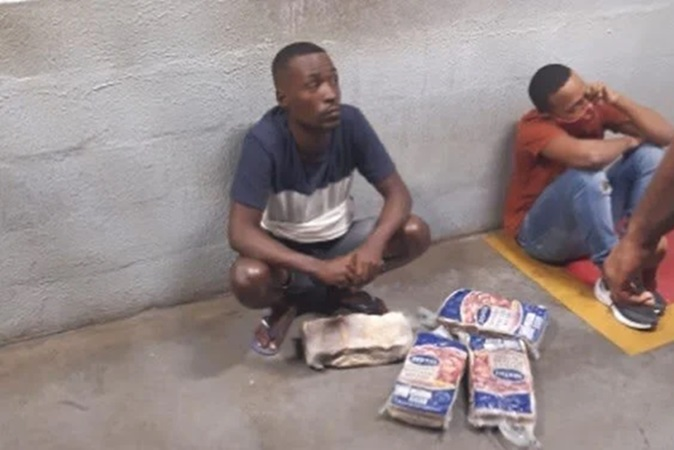 Segurança do Atakarejo é preso após morte de homens negros por furto de carne