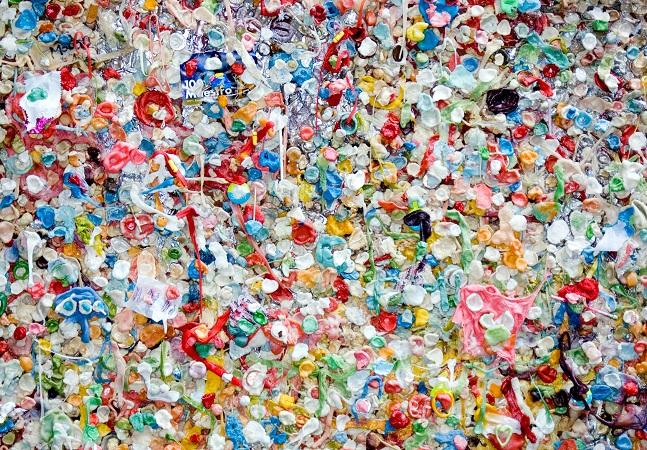 Ciência desenvolve plástico que se recicla 'eternamente'