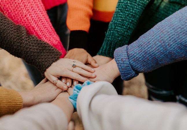 Terapia gratuita existe, é acessível e importante; conheça grupos