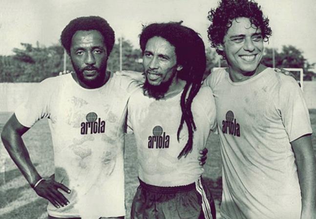 Bob Marley jogou futebol com Chico Buarque e Moraes Moreira por causa de Pelé